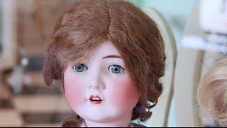 Poupées et Dentelles Museum : Antique Doll Collection for sale