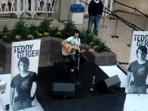 Teddy Geiger Live- For You I Will (Confidence)