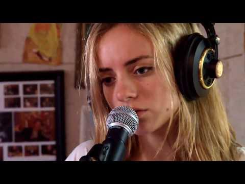 Israeli Indie Songs | Shelly Levi | rock folk Israeli singer Israel music beautiful song tel aviv