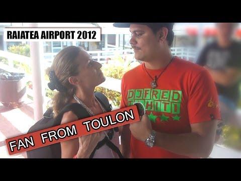 Raiatea Airport 2012 - Fan From Toulon