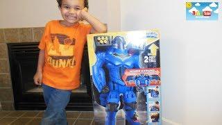 Imaginext DC Super Friends Batman Batbot Xtreme!| Kids Toy review!