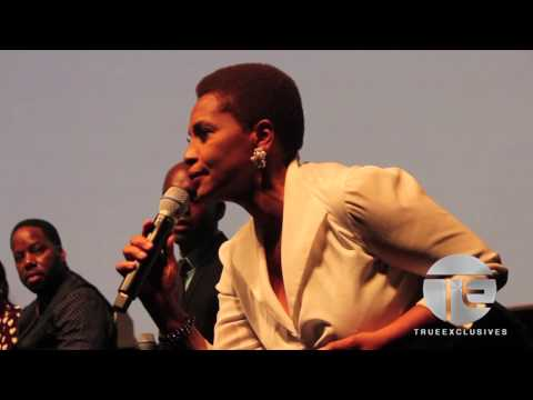 Jenifer Lewis Gives Powerful Speech at Baggage Claim Premiere