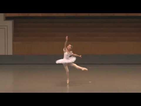 「コッペリア」スワルニダ 第3幕 バリエーション 「Coppélia」Swanilda variation