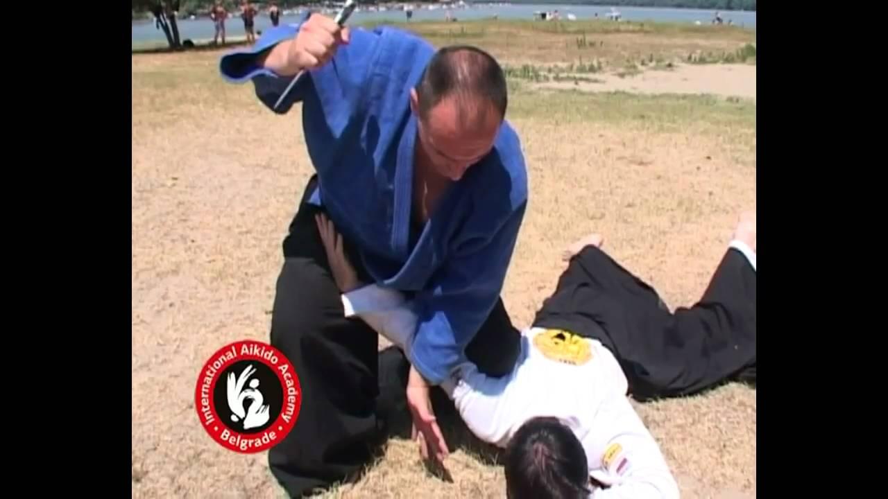 Aikido techniques by Bratislav Stajic: Chudan tsuki ude osae