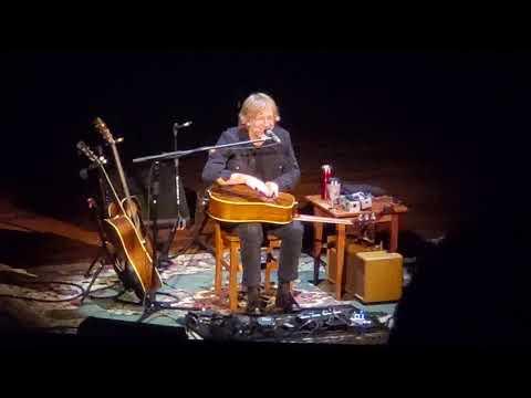 Trey Anastasio - Willie Nelson/Neil Young Story 10/27/19 Nashville Ryman