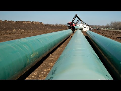 Trump Signs Executive Orders on Keystone XL, Dakota Access Pipelines