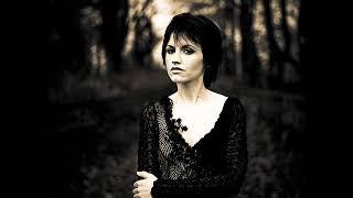 Dolores O'Riordan - Ecstasy