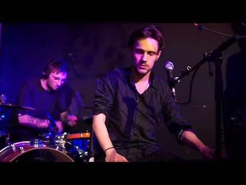 """DAVID HOWALD – MENTOR // Live at """"Das Werk"""", Vienna"""