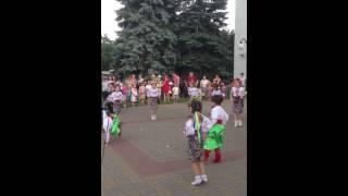 Украинский народный танец гопак(Гопак в исполнении детского коллектива Вышгорода., 2014-05-31T14:20:07.000Z)