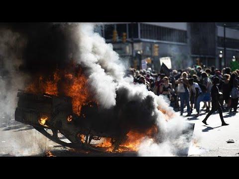 """Трамп обещает """"остановить насилие толпы"""""""