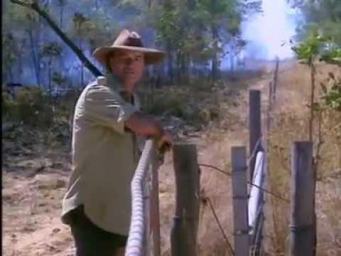 Les Hiddins Bushtucker Man part 1 -3  ~ Australia Outback Country