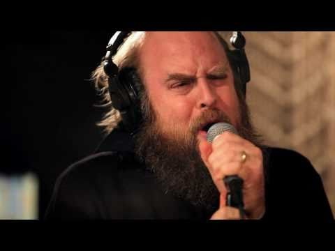 Les Savy Fav - Let's Get Out Of Here (Live on KEXP)