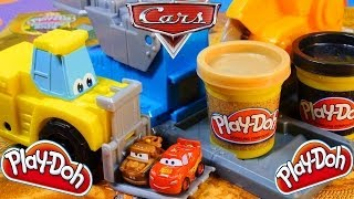 Play Doh Saw Mill Diggin Rigs Toys Playset Disney Cars 2 Mater and Lightning McQueen Microdrifters