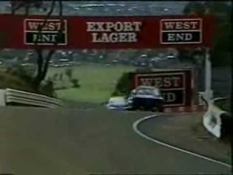 Bathurst 1987 - Seton (Nissan Skyline) and  Richards (BMW M3) Scrap.