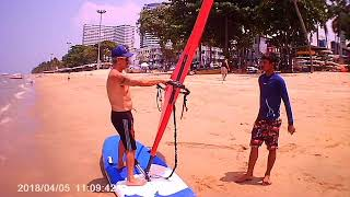 learning windsurfing in Pattaya – Abee's First Day