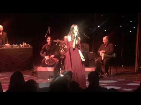 Nancy Ajram - Ah we noss - Live performance - London 2016