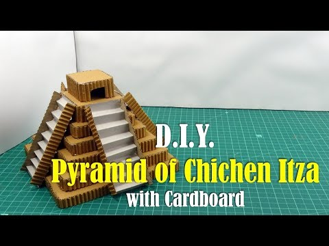 DIY: How to make Pyramid of Chichen Itza (Mexico) with Cardboard
