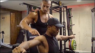 How To Build Bigger Shoulders | Full Workout With Client