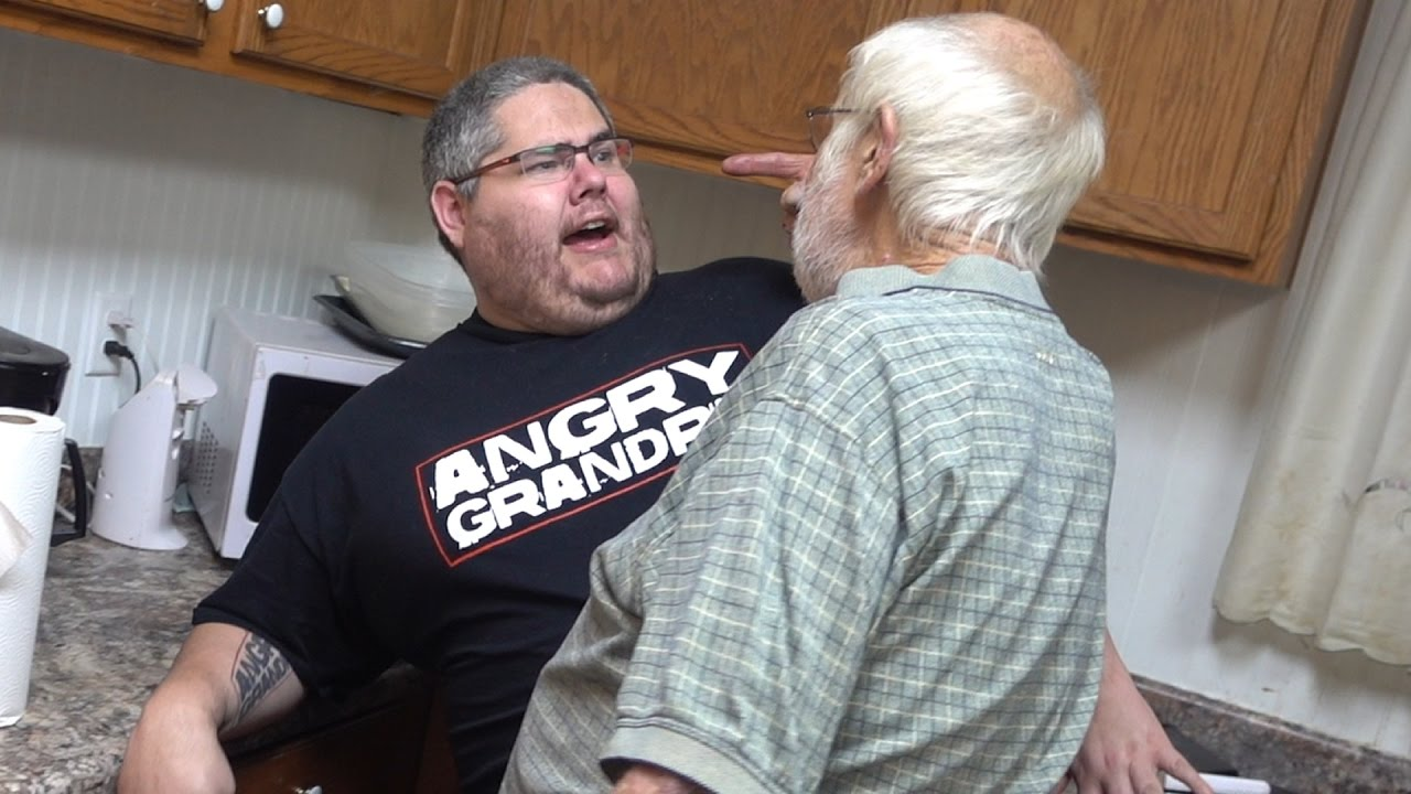 ANGRY GRANDPA CAN'T COOK!! (PRANK) - YouTube