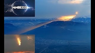 """It was AT LEAST 2 miles high and still looked HUGE! - """"Mysterious Sky Phenomena"""""""