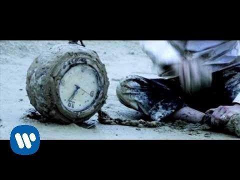Клип Revolver - Tiempo Pequeño