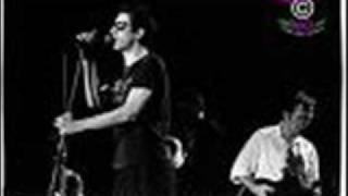 the pogues bottle of smoke live