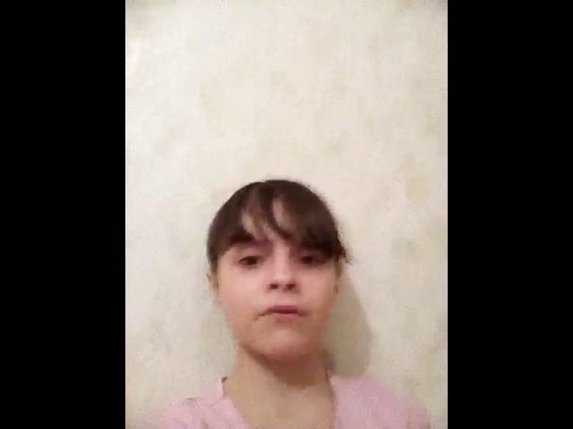 Изображение предпросмотра прочтения – МаликаМартынова читает произведение «Ворона и Лисица» И.А.Крылова