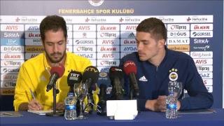 Fenerbahçeli futbolcu Roman Neustadter basın toplantısı düzenliyor [CANLI]