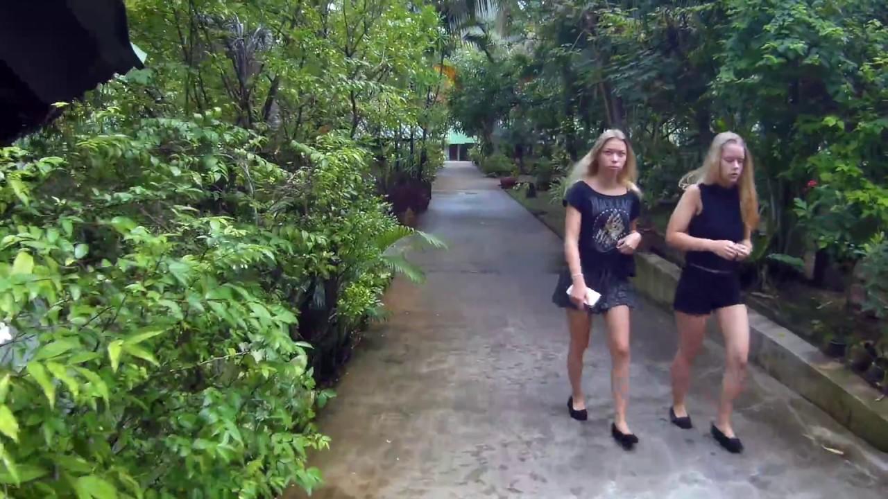 Golden Sand Inn Phuket. Deluxe room.
