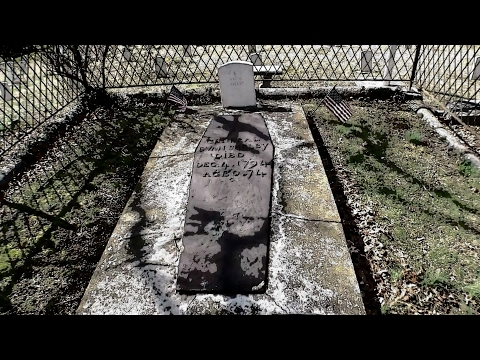 East Hill's Cemetery Most Haunted place in Bristol, TN/VA!!!!