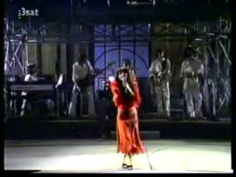 Kate Bush - Kite (Live)