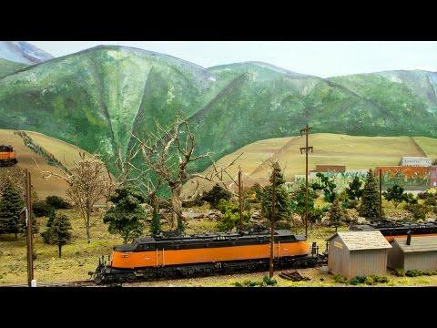 Bill Barker's Milwaukee Road Layout Extra Bonus Video, Trackside Model Railroading