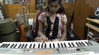 V.S.Janani Trilokkia,playing Keyboard Tamil old song