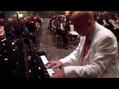 Concerto del Pianista Roberto Santucci al T Hotel di Cagliari - Seconda