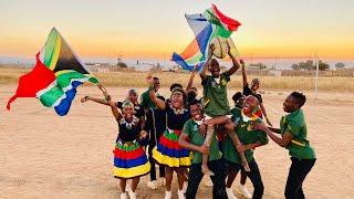 Ndlovu Youth Choir - Shosholoza Feat. Kaunda Ntunja