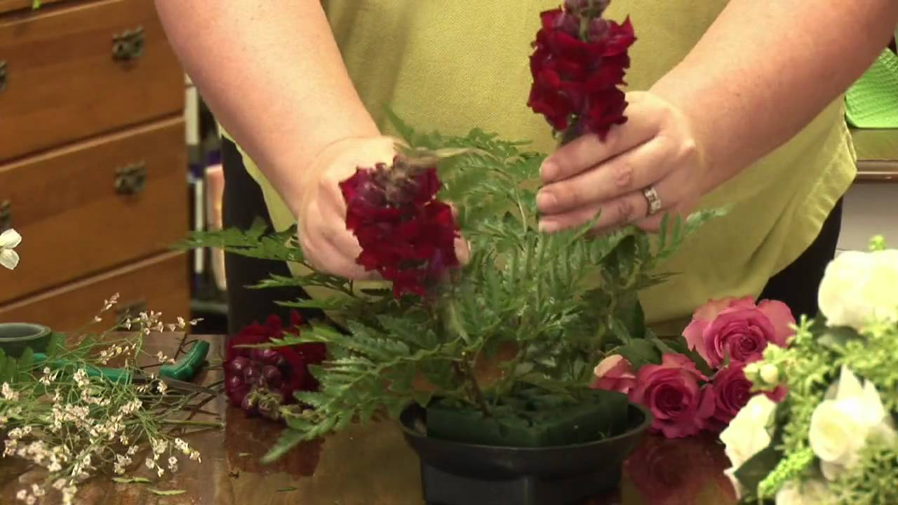 Floral Arrangements : How To Make A Dining Table Floral Arrangement    YouTube