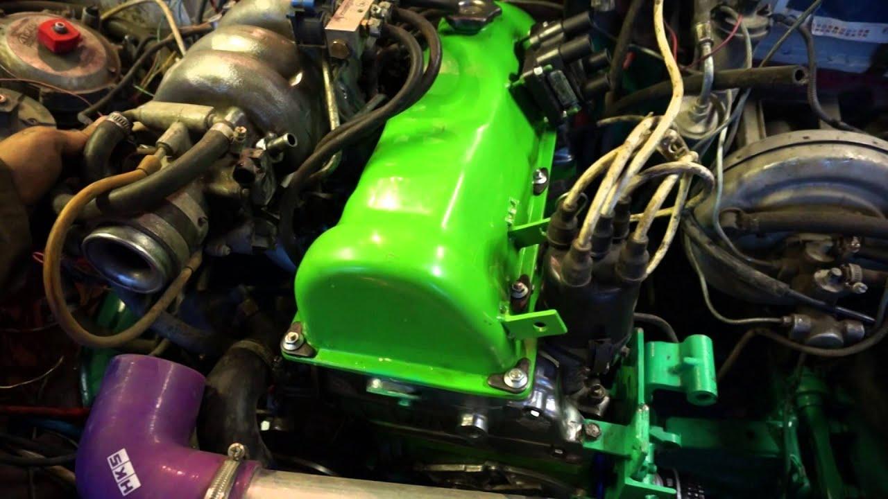 На рестайлинговую модификацию ваз-21213 устанавливался карбюраторный двигатель ваз-21213 с увеличенным до 1690 см³ рабочим объёмом, мощностью 81,9 л. С. При 5100 об/мин и максимальным крутящим моментом 126,1 н·м при 3000 об/мин. Одна из особенностей «нивы» — использование в её.