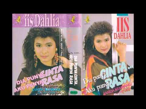 Janda Kembng / Iis Dahlia