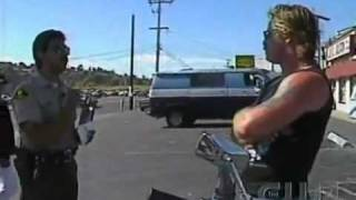 Cop pulls over Hell's Angel's  Biker thumbnail