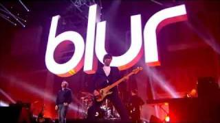 Blur - Song 2 (Live at BRIT Awards 2012) HD 720p