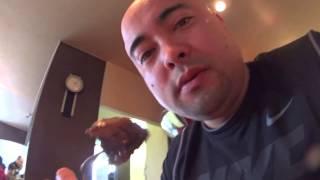 Apresentando uma churrascaria - Ogro comendo carrrne!!!