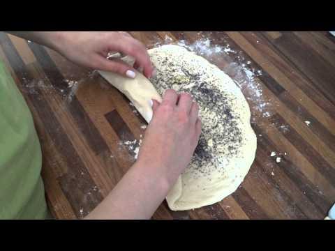 Сладкие булочки с разными начинками