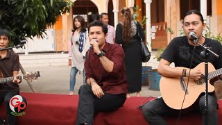 Gambar cover Sempurna Live Version Acoustic Andra And The Backbone