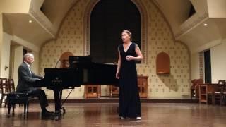 """Hannah Holmes, mezzo-soprano: """"Parto, ma tu ben mio"""" - La Clemenza di TIto"""