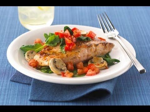 saumon-au-four-avec-tomates,-épinards-et-champignons