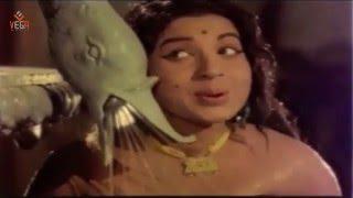 Romantic  Song : Anadai Anandan Tamil Movie