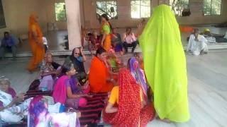 Video Bharat Mata Seva Samiti, Tour of Kamkheda Balaji 2016 part 2 download MP3, 3GP, MP4, WEBM, AVI, FLV April 2018
