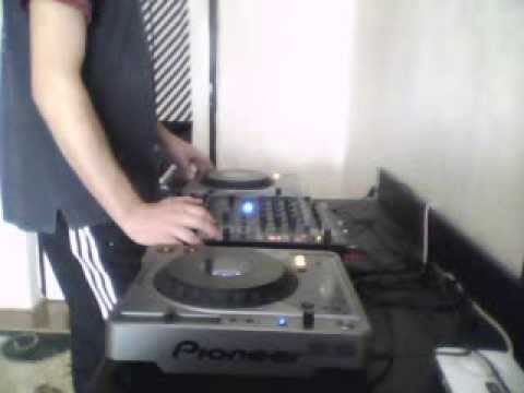 Dj Flaty Mixing 3