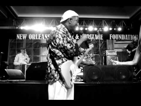 BUDDY GUY AT THE JAZZ FEST GALA 032
