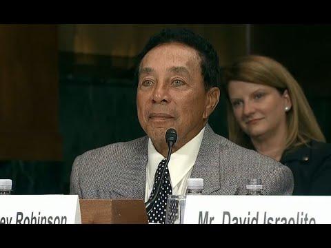 MOTOWN ROYALTY:  Sen. Dianne Feinstein introduces Motown legends before hearing on music licensing